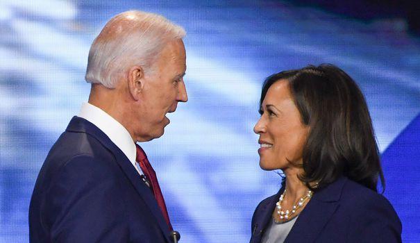 Etats-Unis: Joe Biden choisit la sénatrice Kamala Harris, premier colistier noir